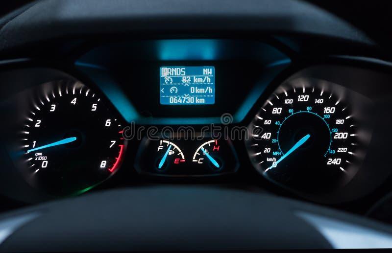tableau de bord de voiture la nuit image stock image du automobile dashboard 60739841. Black Bedroom Furniture Sets. Home Design Ideas