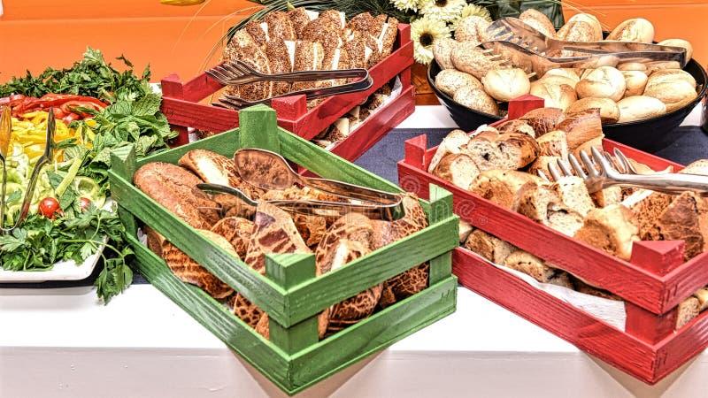 Tableau de petit déjeuner traditionnel en Turquie photographie stock