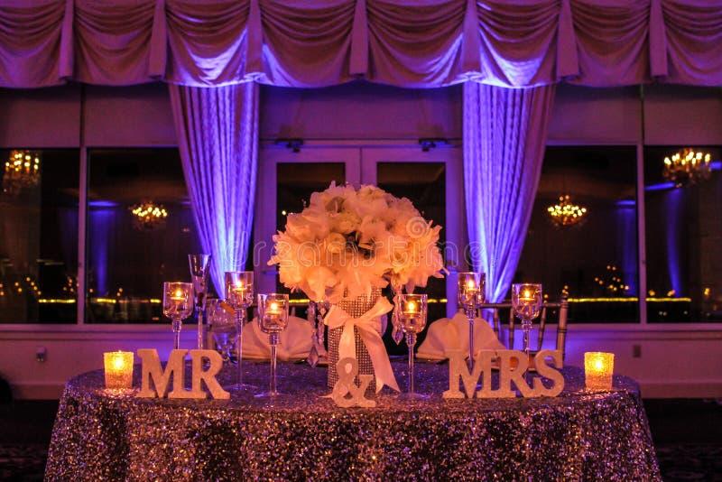 Tableau principal à un beau mariage d'hiver photos stock