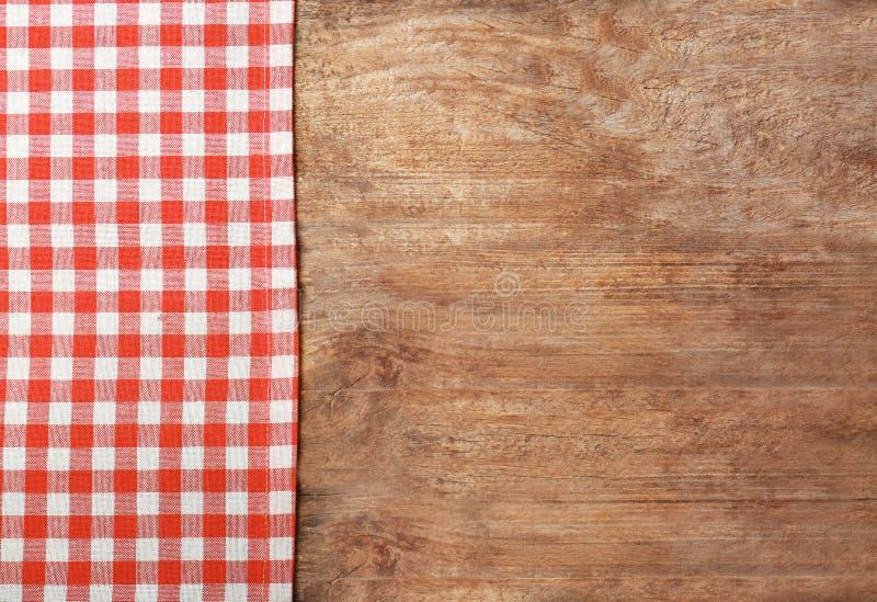 Tablecloth checkered vermelho fotografia de stock royalty free