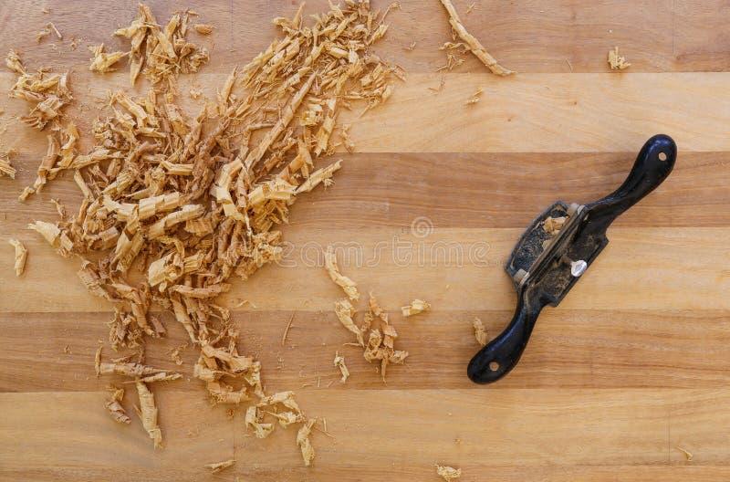 Tablero Chip Shavings de la madera dura de Sapele del rebajador de radios foto de archivo libre de regalías