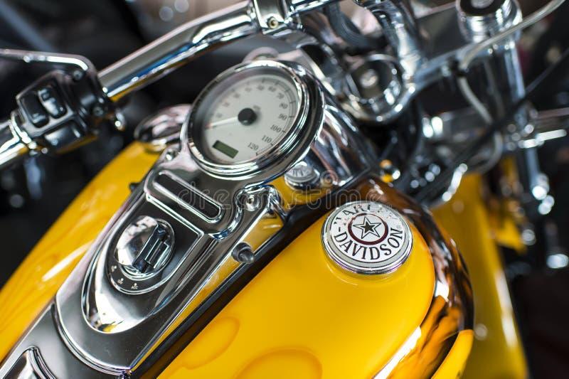 Tablero de instrumentos de la motocicleta de Harley Davidson y detalle del velocímetro foto de archivo