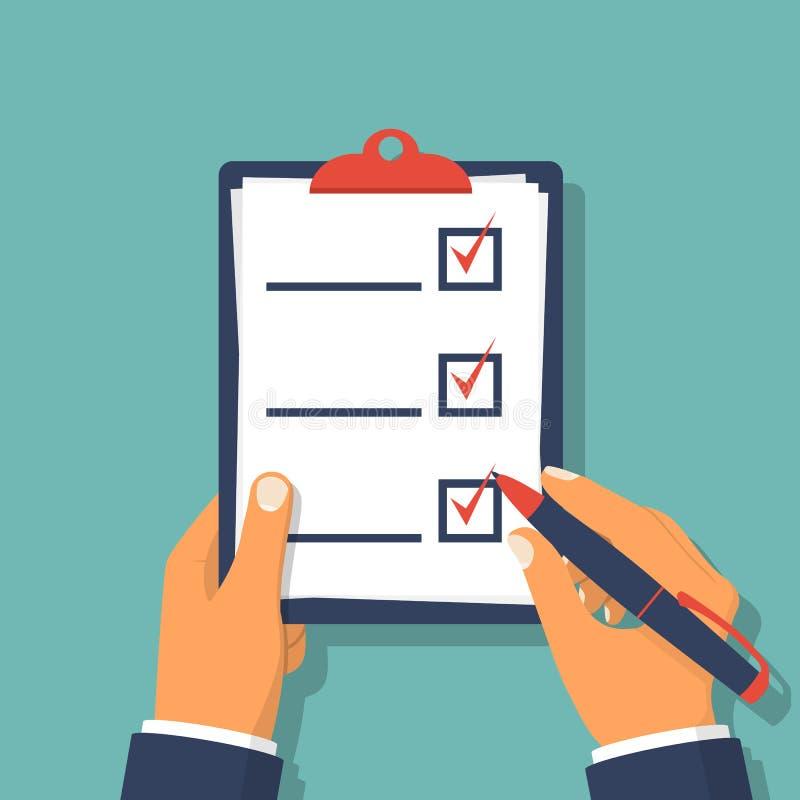 Tablero de la lista de control Lista de control y lápiz que se sostienen humanos stock de ilustración