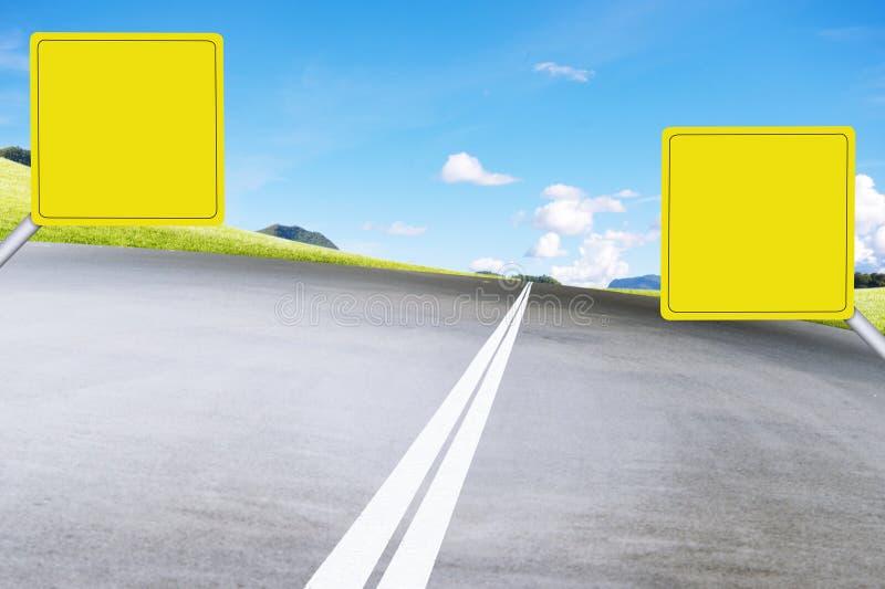 Tablero en el camino ilustración del vector