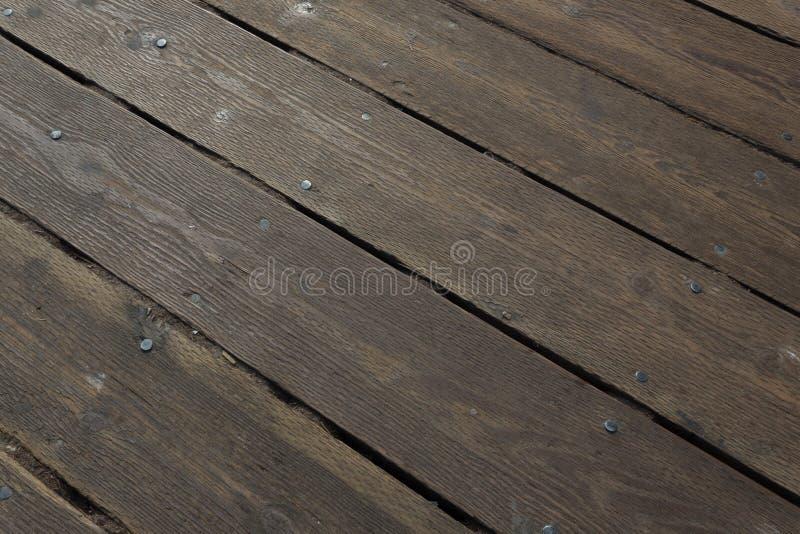 Tableros de madera anchos pesados vistos en una diagonal, Santa Monica Pier del decking foto de archivo libre de regalías
