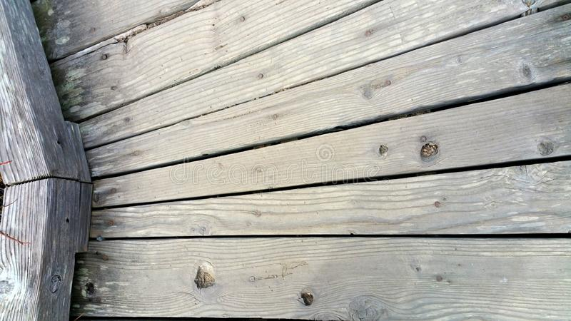 Tableros de madera resistidos angulosos - fondo fotos de archivo