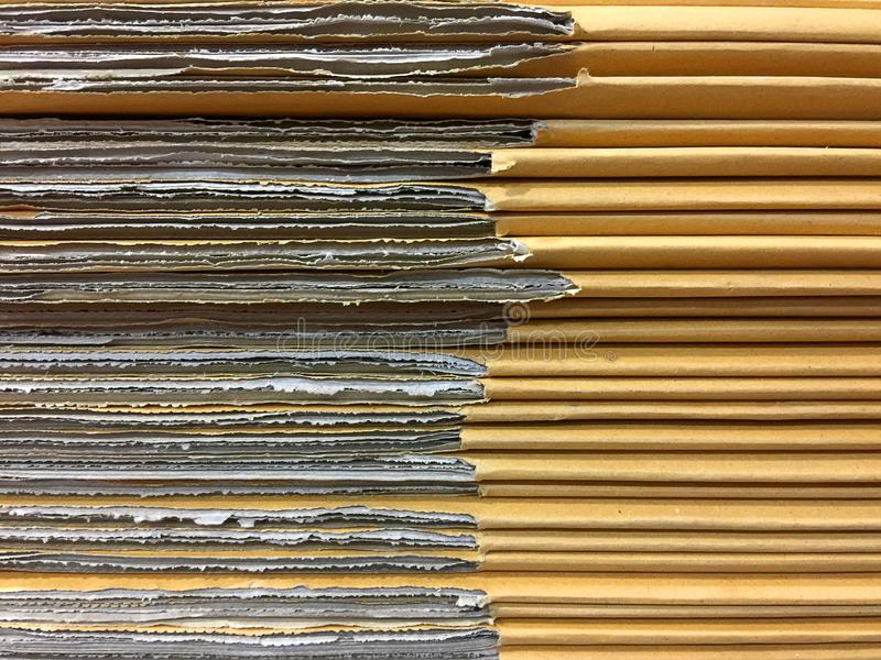 Tableros de tarjeta apilados de la caja del cartón foto de archivo