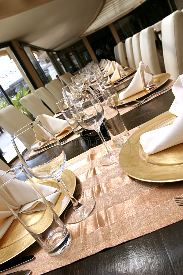 Free Tables Are Ready Stock Photos - 1545223