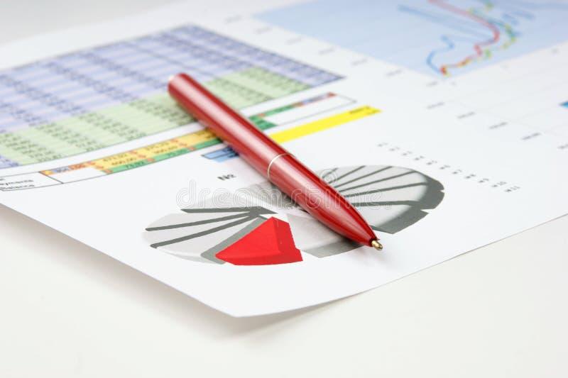 Tables et documents de graphiques photographie stock