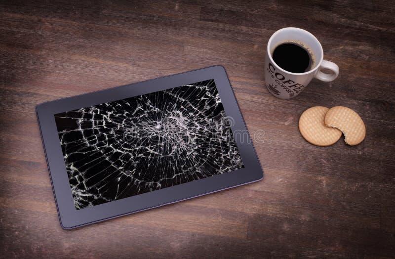 Tablet-Computer mit defektem Glas lizenzfreie stockfotografie
