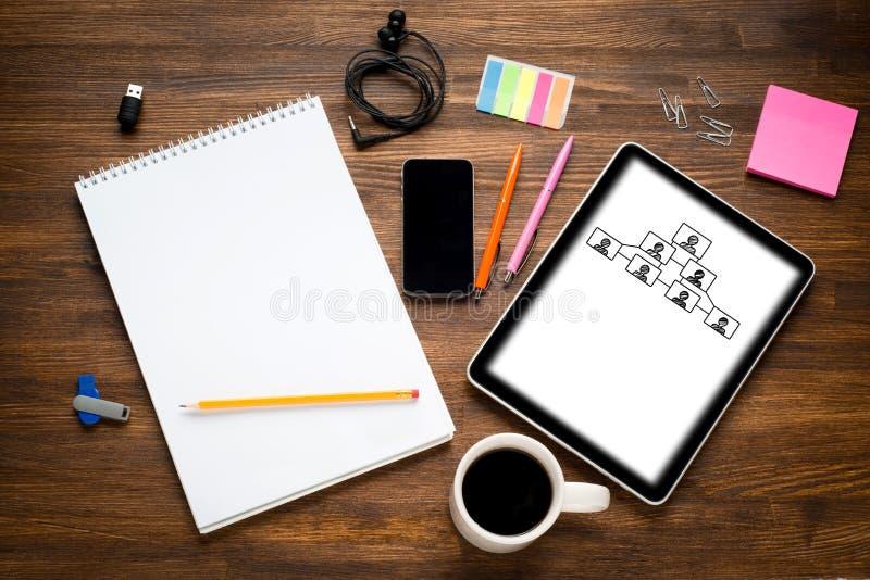 Tableta de Digitaces con la pantalla encendido fotos de archivo