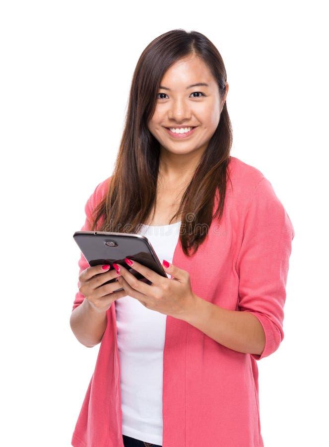 Download Tableta Digital Del Uso De La Mujer Imagen de archivo - Imagen de dedo, mano: 42442971