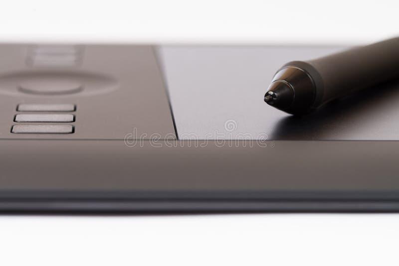 Download Tableta Gráfica Con Pen On White Background Foto de archivo - Imagen de pintura, gráficos: 42432010