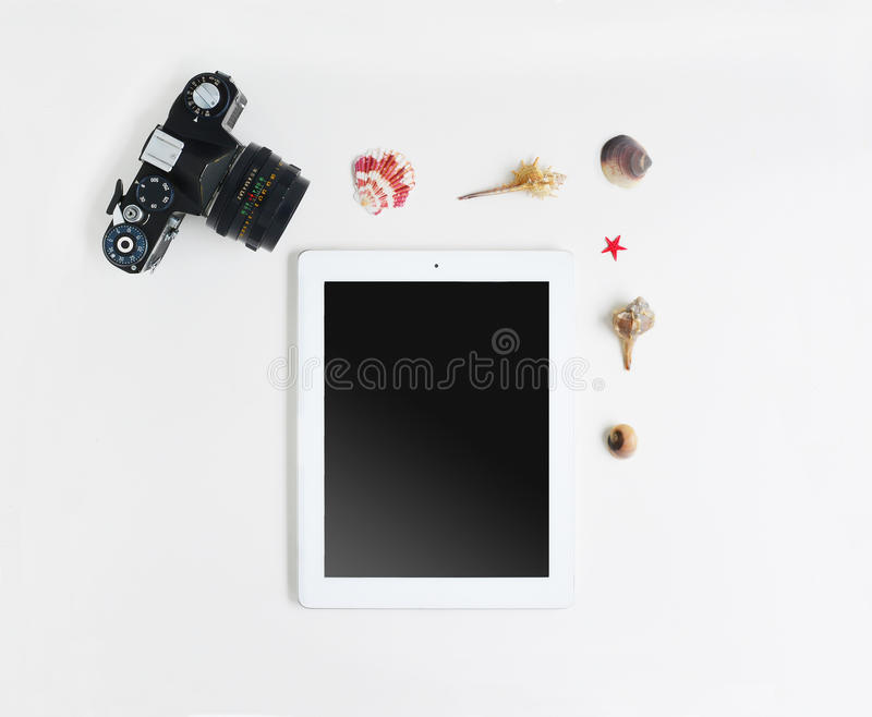 Tableta y cáscaras fotografía de archivo