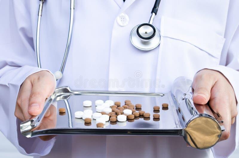 tabletki medyczne zdjęcie royalty free