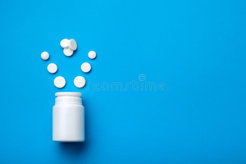 Tabletten voor kracht en mannelijk hormoon royalty-vrije stock foto