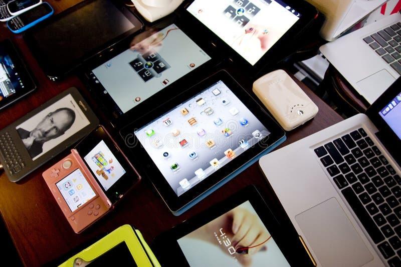Tablettes photographie stock libre de droits