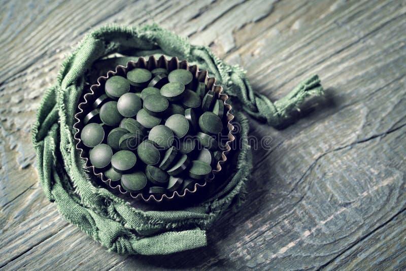 Tablillas de Spirulina imagen de archivo libre de regalías