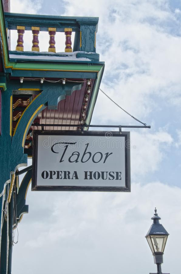Tabor operahustecken och lampstolpe arkivbild
