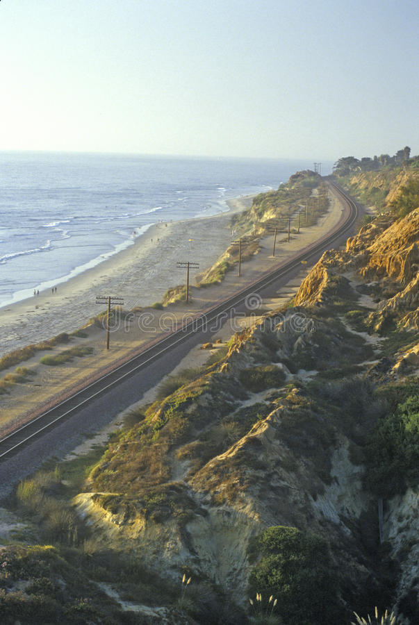Taborowa trasa wzdłuż San Diego wybrzeża przy zmierzchem, San Diego, Kalifornia obrazy stock