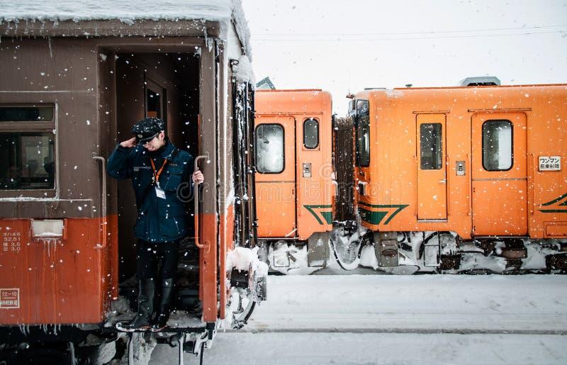 Taborowy dyrygent klasyczny rocznika potbelly kuchenki pociąg, Tsugaru zdjęcia royalty free
