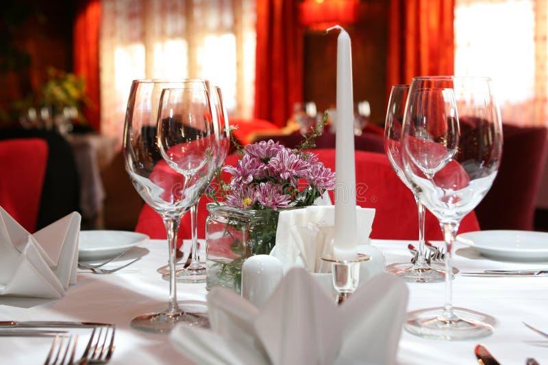 Tabule la configuración para una boda fotos de archivo libres de regalías