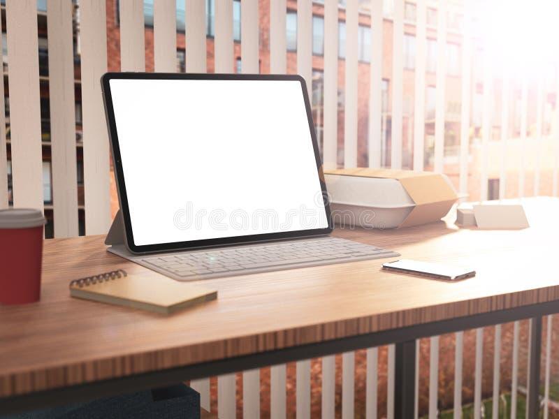 Tabuleta com teclado e a tela vazia fotografia de stock royalty free