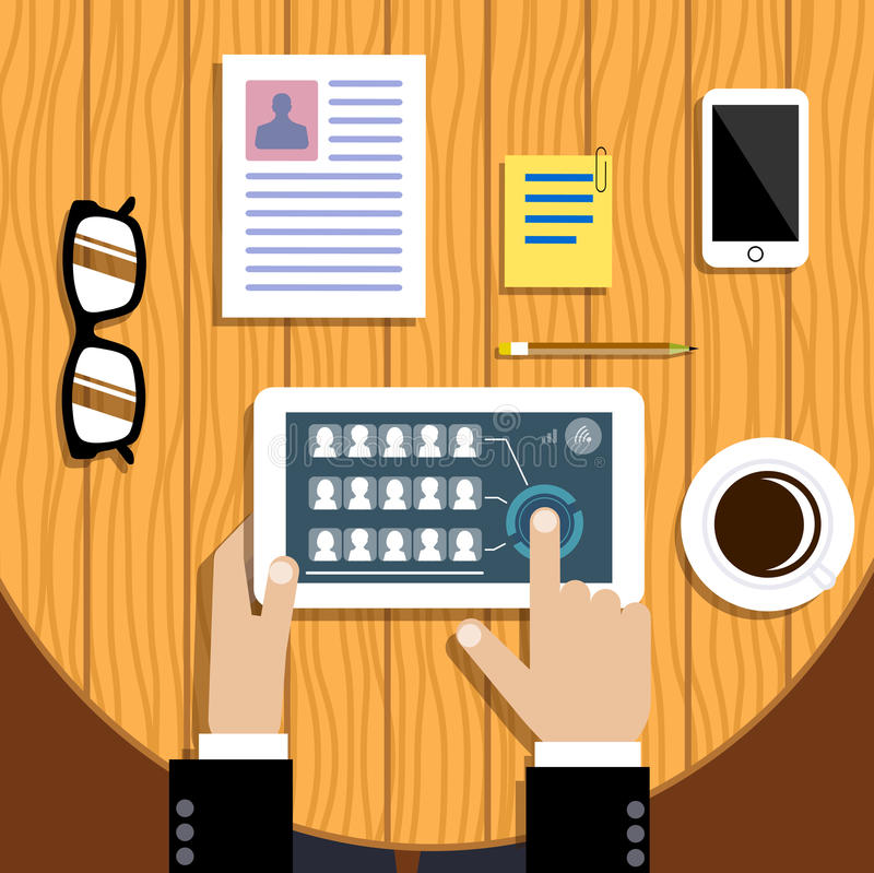 Tabuleta nas mãos O conceito do negócio de uma comunicação dos grupos ilustração royalty free