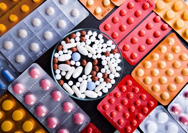 Tabuletas & medicinas imagens de stock