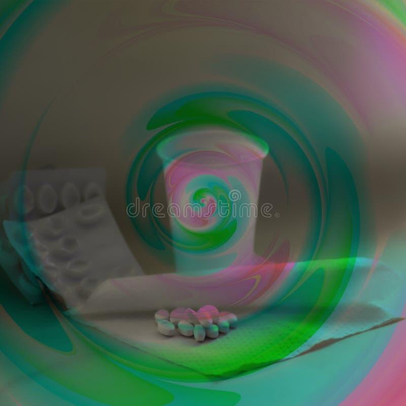 Tabuletas com o cadinho coberto com a espiral cor-de-rosa-e-verde imagens de stock royalty free