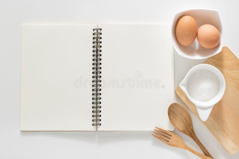 Taccuino in bianco per le ricette fotografie stock
