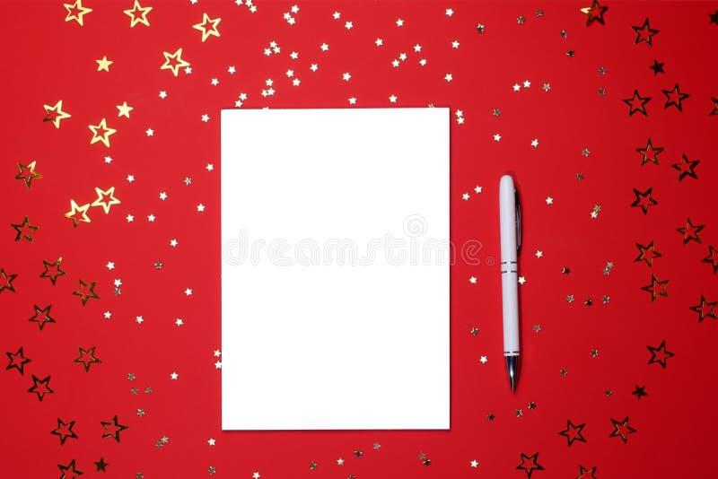 Taccuino e penna su fondo di a forma di stella fotografie stock