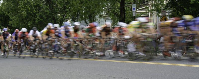 Tache floue panoramique de course de bicyclette images libres de droits