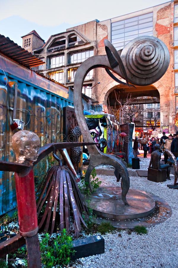 tacheles kunsthaus berlin стоковые фотографии rf