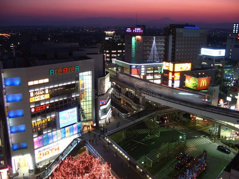 Tachikawa a penombra, Tokyo, Giappone fotografia stock libera da diritti