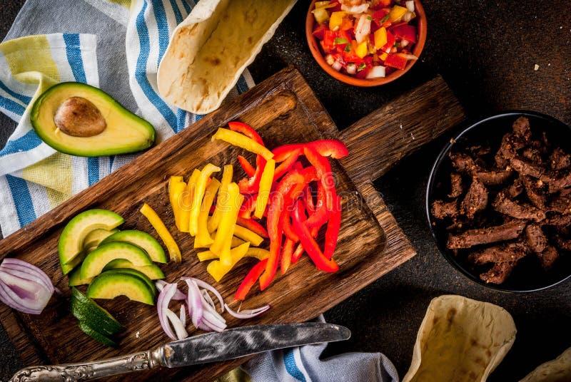 Taci messicani della carne di maiale immagine stock