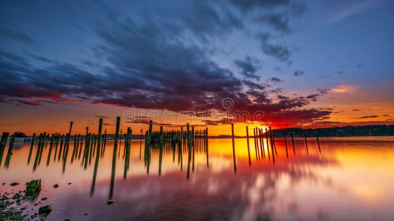 Tacoma estrecha puesta del sol sobre Puget Sound fotos de archivo libres de regalías