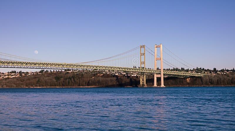 Tacoma verengt Br?cke unter blauem Himmel im Sommer stockfoto