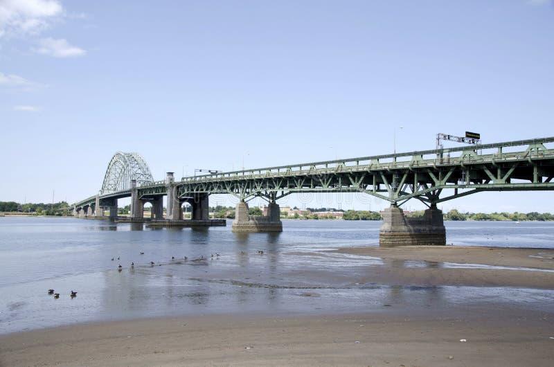 Tacony扇叶树头榈桥梁 免版税库存图片