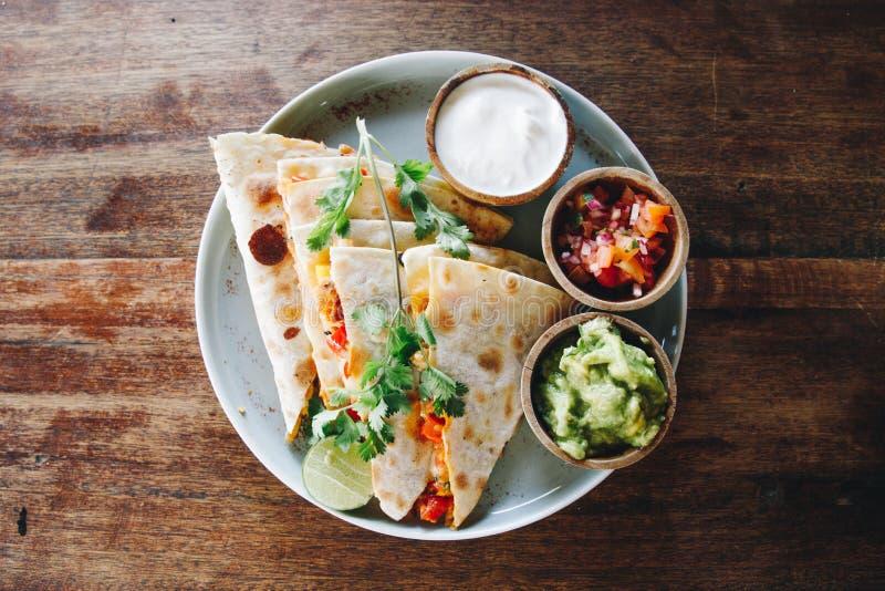 Tacos: Μεξικάνικη φωτογραφία τροφίμων τροφίμων στοκ εικόνα