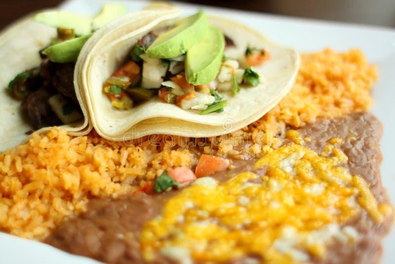 tacos стейка риса фасолей стоковые изображения rf