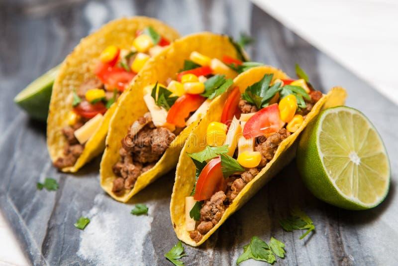 Tacos délicieux photographie stock