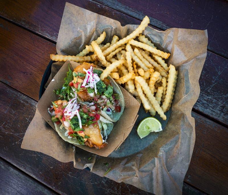 Tacos de poissons de Baja image stock
