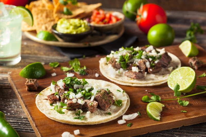 Tacos fait maison de rue de Carne Asada images stock