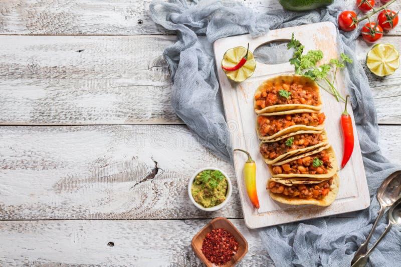 Tacos mexicain avec de la viande image stock