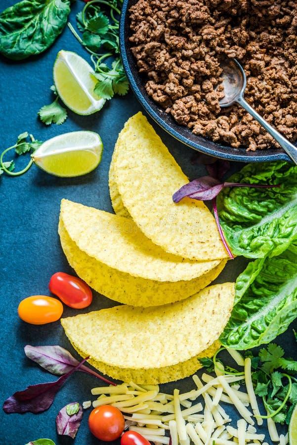 Tacos mexicain, recette de fond de frontière de nourriture, aérienne photographie stock