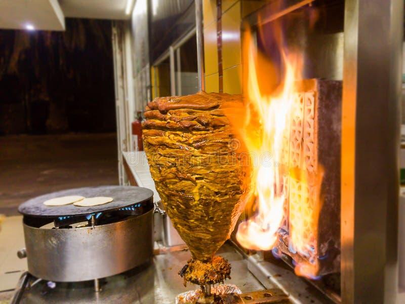 Tacos mexicain - Trompo de Pastor photos stock