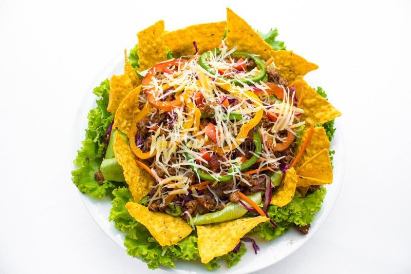 Tacos na półmisku z tortillas strzelał meksykańskiego jedzenie zdjęcia stock