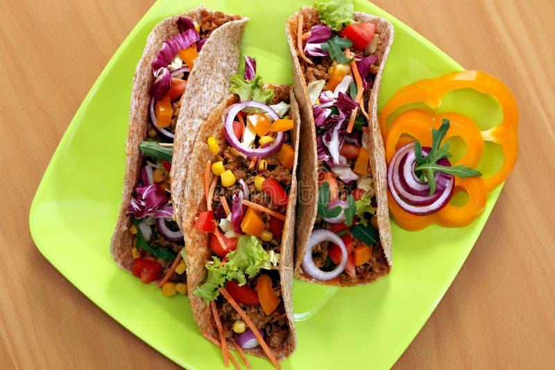 Tacos na talerzu zdjęcie royalty free
