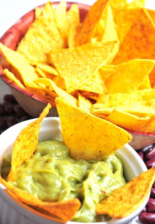 Tacos und Guacamole lizenzfreie stockfotos